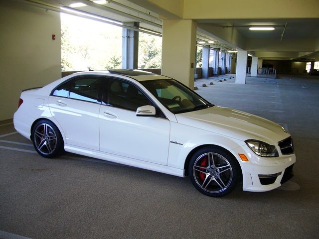 2013 mercedes c63 amg sedan pictures to pin on pinterest for 2013 mercedes benz c63 amg